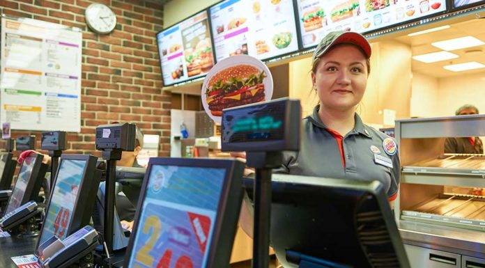 Jak si objednat ve fast foodu v USA