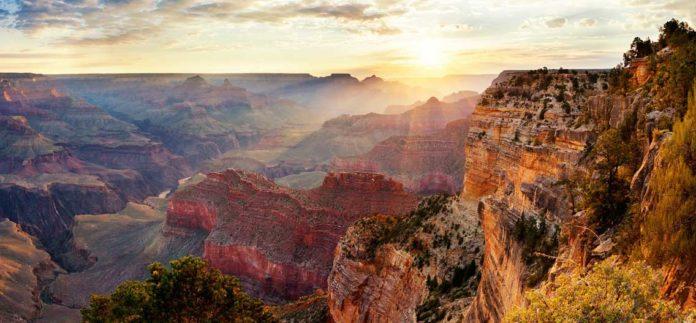 Grand Canyon - národní park USA