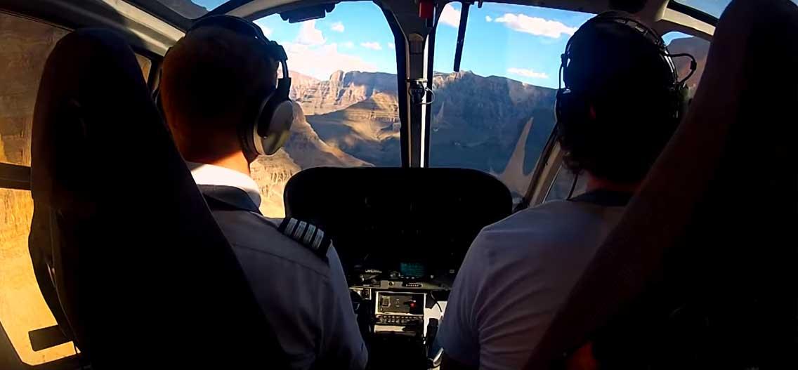 Zkušenosti s lety helikoptérou nad Grand Canyonem