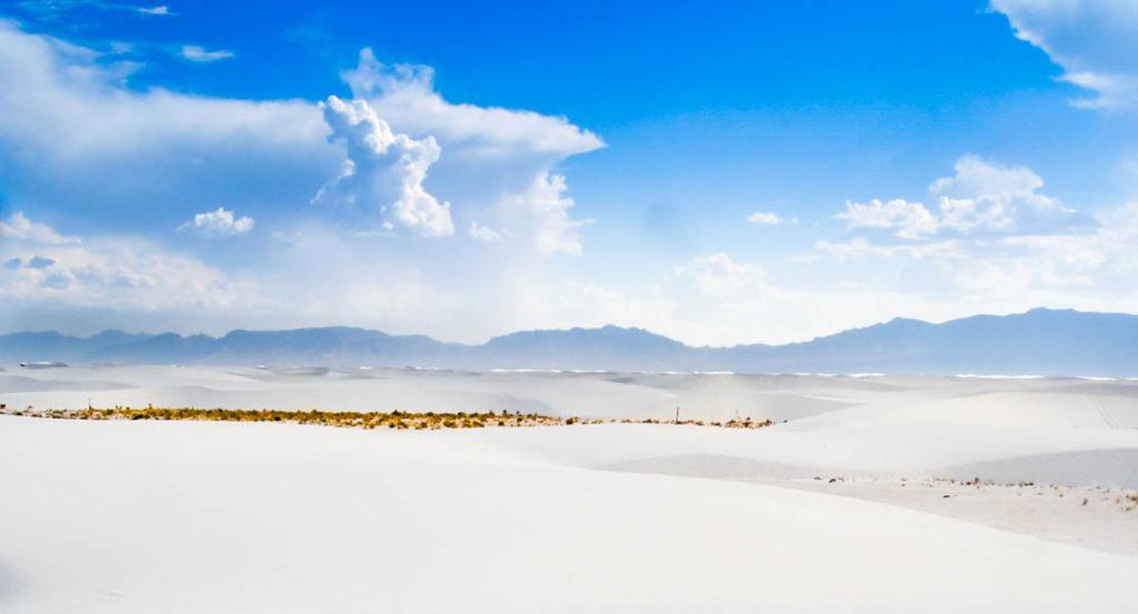 Bílý písek ve White Sands